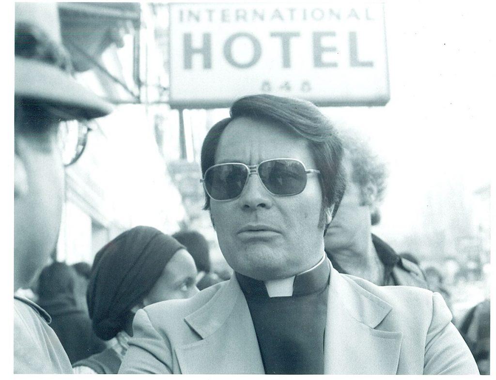 El líder sectario Jim Jones.