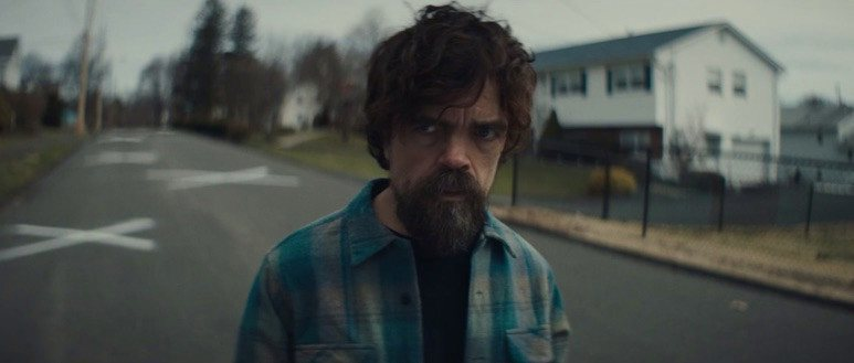 Peter Dinklage en I Think We're Alone now (2018).